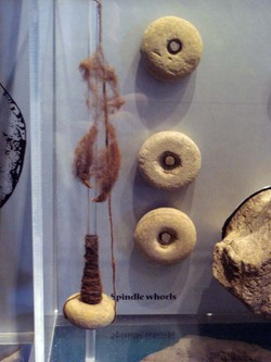 Iron_age_spindles_whorls