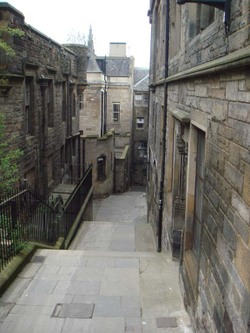 Old_edinburgh_street