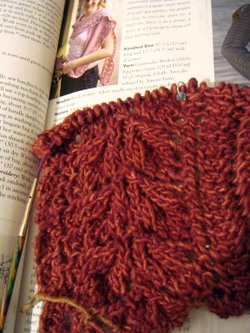 Lacy_kerchief_scarf_start
