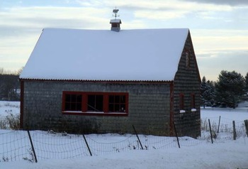 Castine_barn_4_with_cupola_weather_