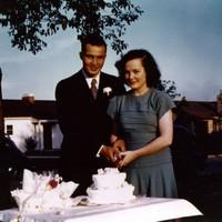 Betty_jean_wedding_photo_1947_1
