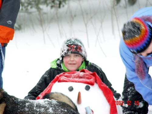 Caleb_dec_2003_snow_2_1