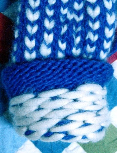 Inside_of_merino_lined_mittens_email_1
