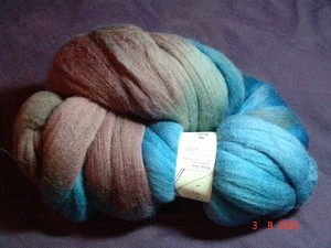 Lornas_laces_roving_2