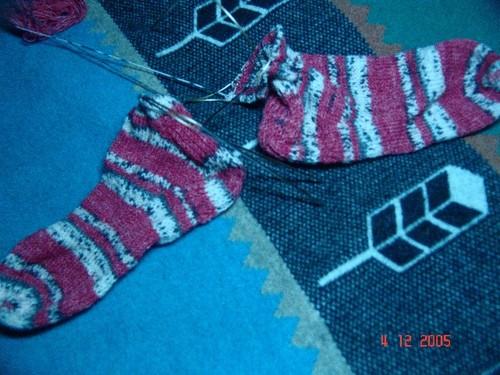 Queen_kahuna_first_socks_in_progress_003